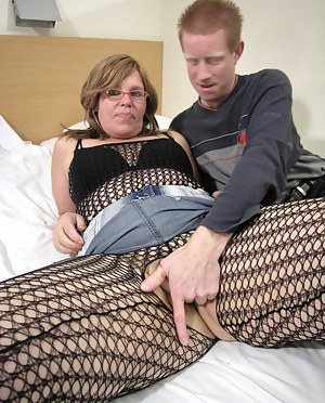 Free Fishnet Porn Pictures