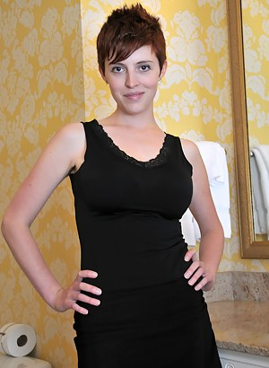 Free Short Hair Porn Pictures
