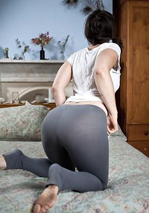 Yoga pant porn