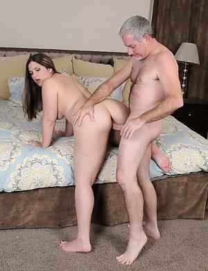Free Bedroom Porn Pictures